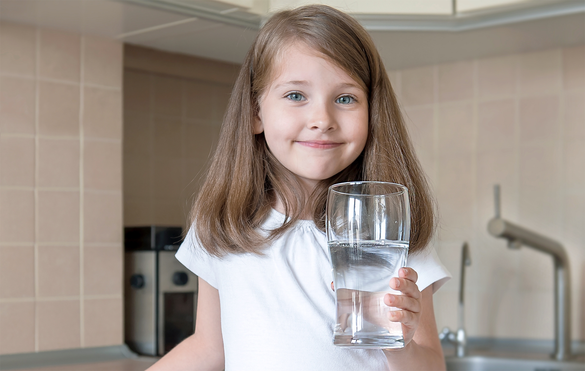 Benefits of drinking fluoridated water