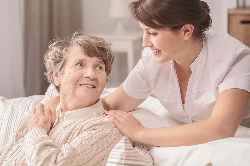 Senior-oral-care-Underwood-dentist