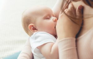 Healthy-Smile-dental-breastfeeding